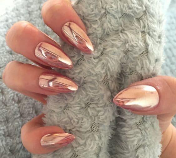 manicure ślubny lustrzane rose gold