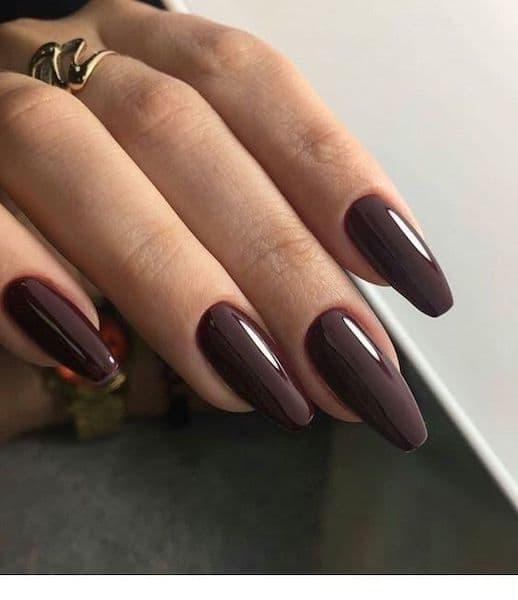 manicure ślubny oliwkowa cera czekoladowy brąz