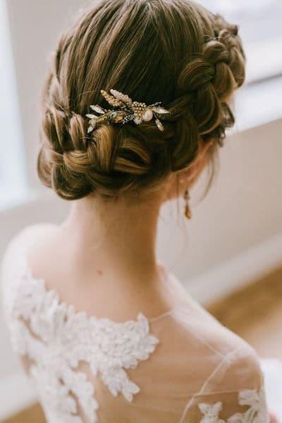 niskie upięcie z warkocza na wesele