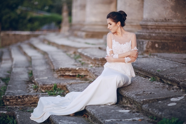 2019 Wedding Dress Trends You'll Swoon Over