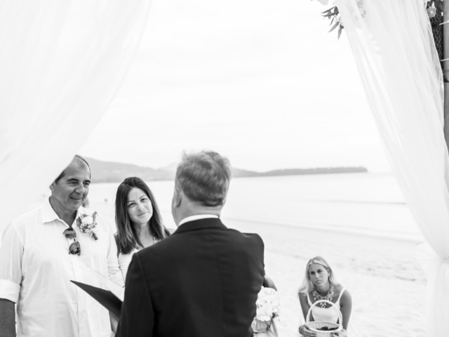 Beach marriage celebrant phuket (1)