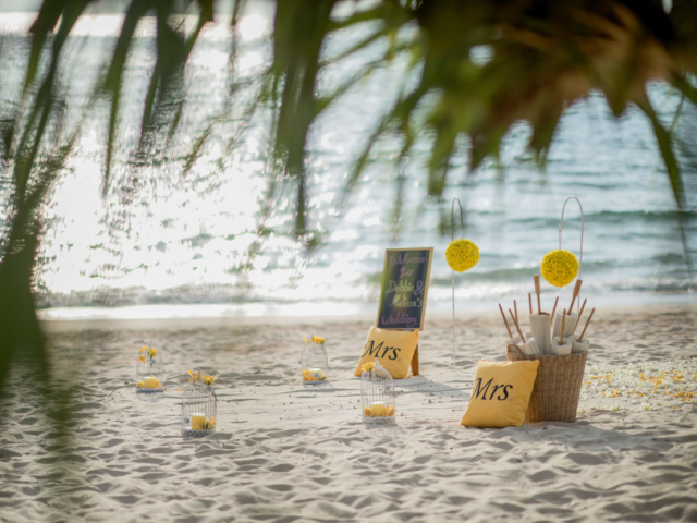 Phuket beach marriage celebrant (2)