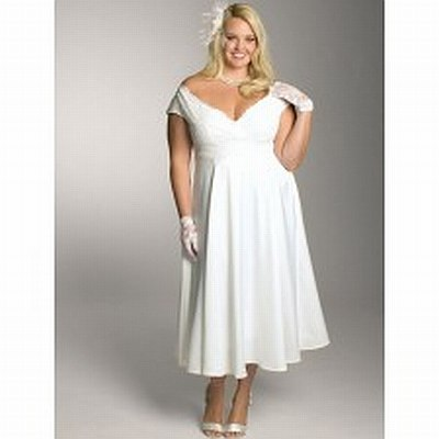 10.	Satin and lace bridesmaid dress