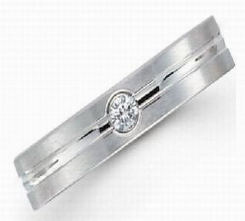 4mm Platinum Diamond ring