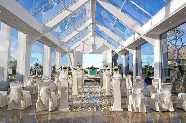 Chapel wedding in Blue Point Chapel