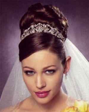 chignon with tiara 49