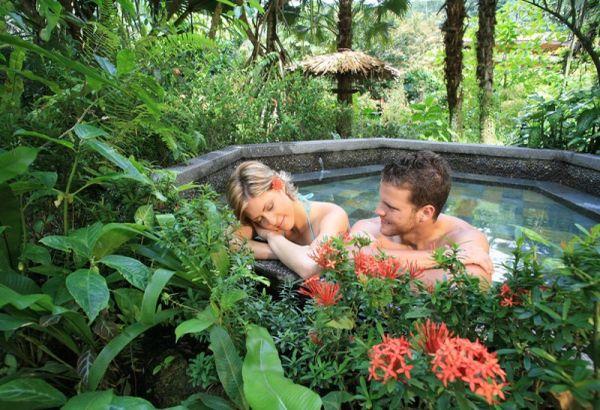 honeymooners on a budget
