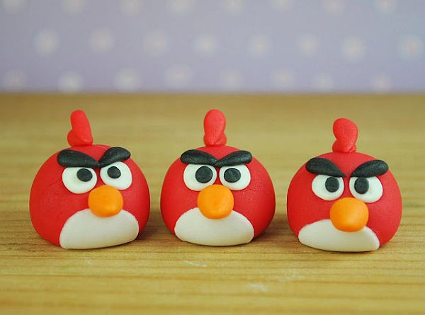 DIY: Angry birds wedding cupcake toppers
