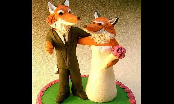 Foxes wedding cake