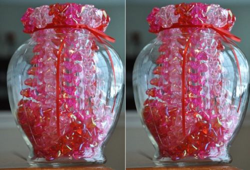 Heart-shaped bead necklace vase fillers