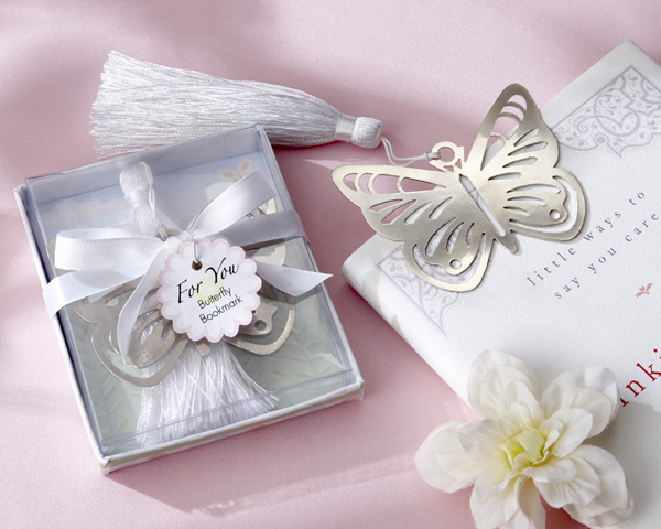 How to Choose Your Wedding Favors