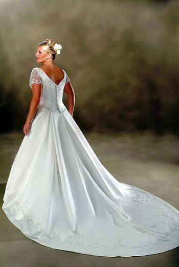 plus size bridal dress 2