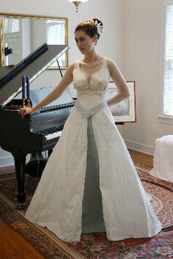 wedding gowns wedding costumes