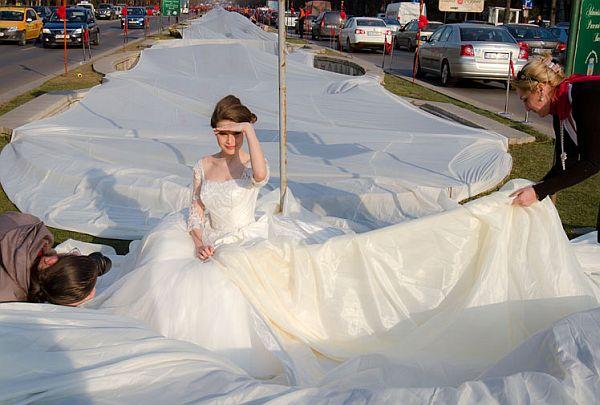 World's longest wedding dress