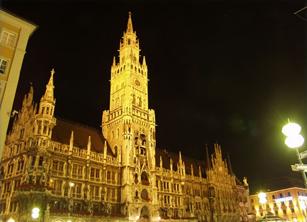 Munich a perfect wedding destination wedding clan for Who s perfect munchen