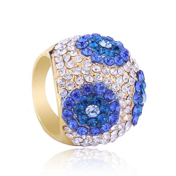 circles-design-rings-rhinestone-rings-pave-rings-dome-rings-cocktail-rings-Favim.com-480958