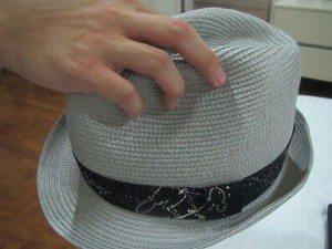 550px-Practice-Male-Hat-Etiquette-Step-5Bullet1