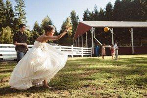 bocce-ball-wedding-yard-game-carlybish-photography