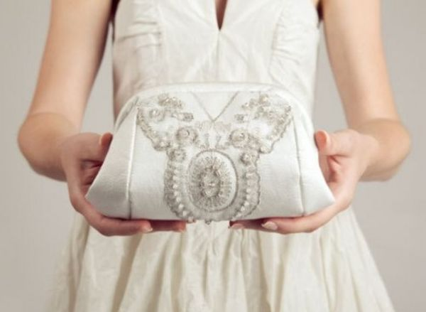 White-Wedding-Clutch-500x366