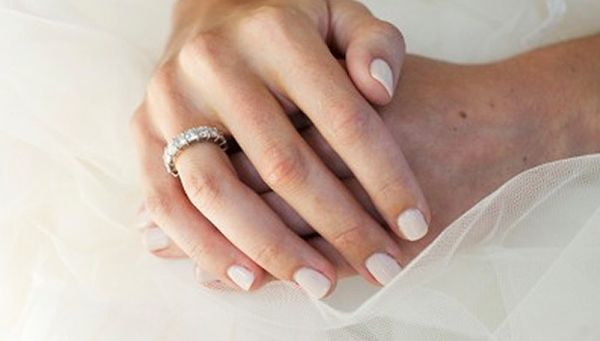 kate-middleton-wedding-nails-167