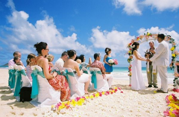 romantic-beach-wedding-ideas-decor-decorations-149514