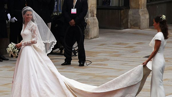 Kate Middleton's Wedding Dress_1