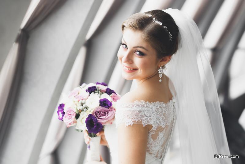 Selecting wedding earrings