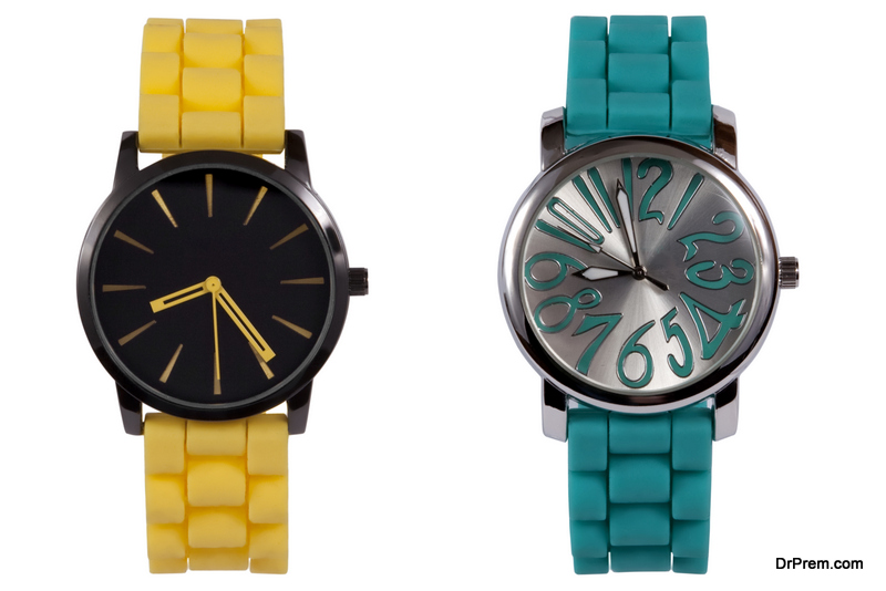 Identical fancy watches or bracelets