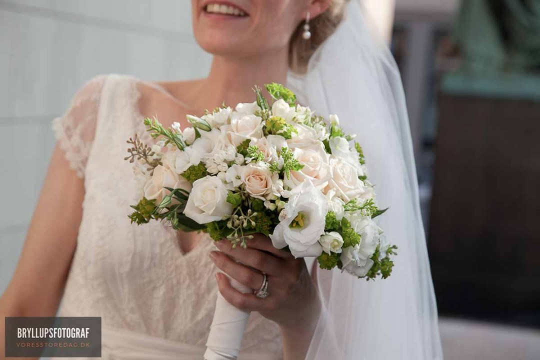 Tricks For Picking Wedding and reception Attire