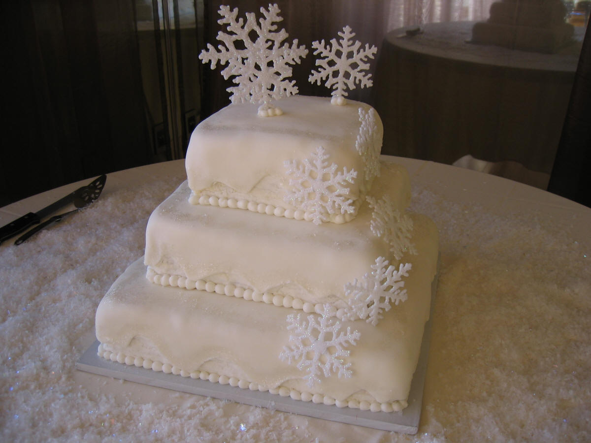 Wedding Ideas: White And Silver Inter Wedding