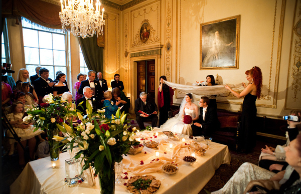 Guide On The Ultimate Home Wedding Reception