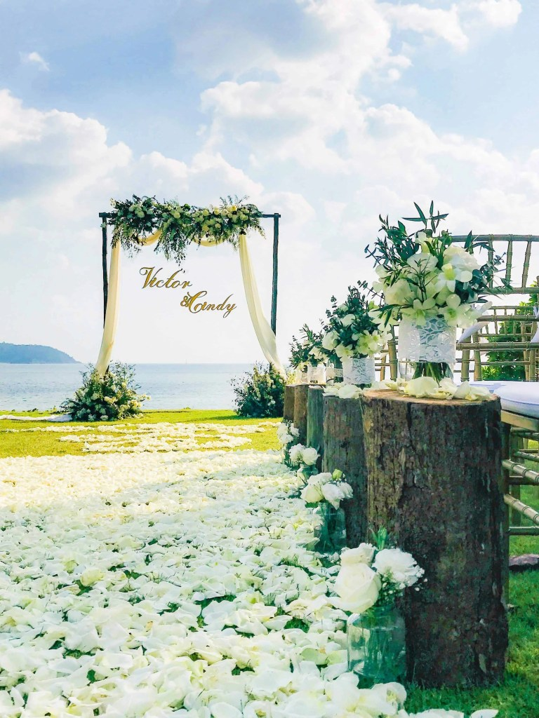 Wedding Flowers Setups 13