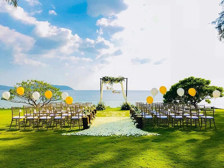 Wedding Flowers Setup Ideas 17