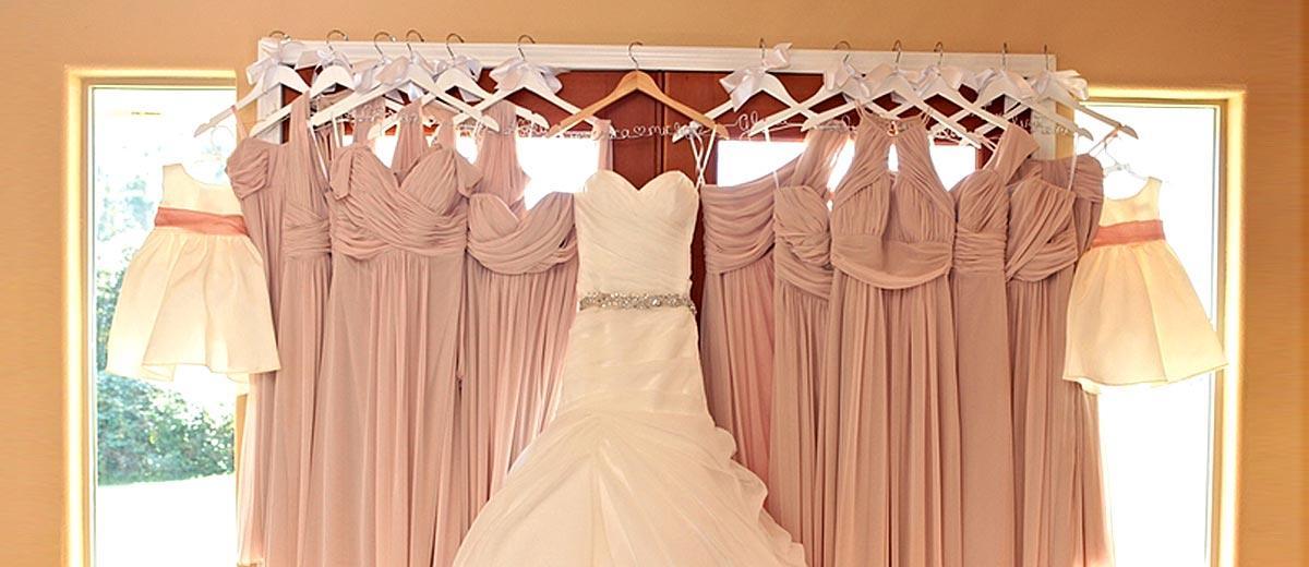 30 Pre-Wedding Shots: Hanging Wedding Dress