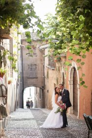 amazing-garda-civil-wedding-16