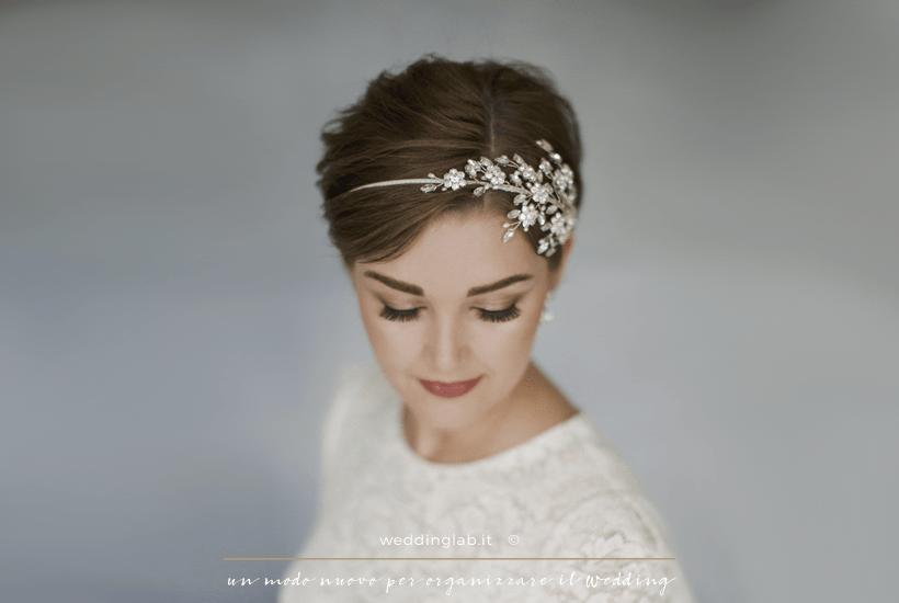 Acconciature sposa - taglio corto con cerchietto