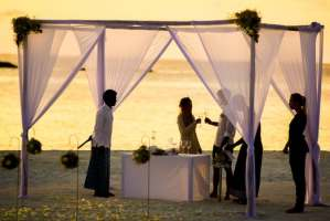 Who to Cut Down On Your Wedding Guests List
