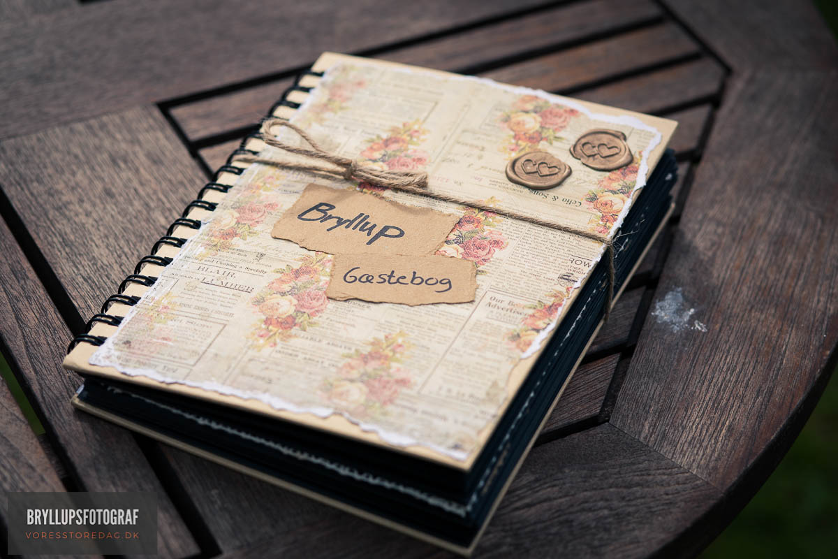 Beautiful Wedding Scrapbook Ideas