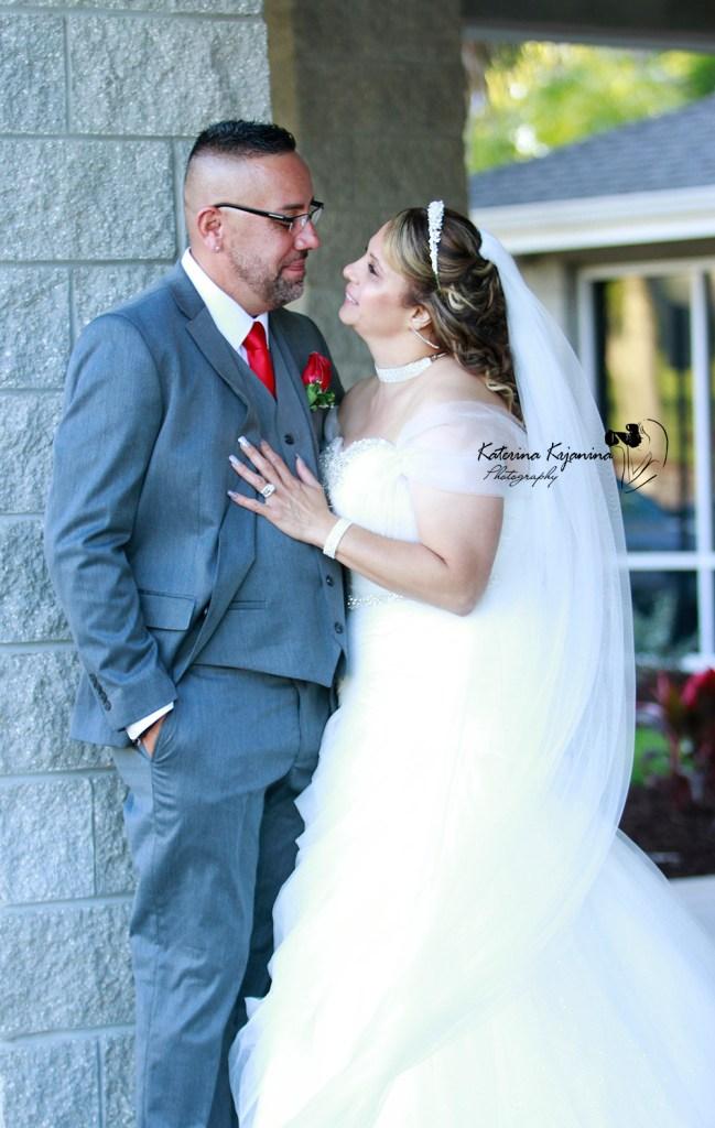 A wedding photographer in Palm Coast Florida
