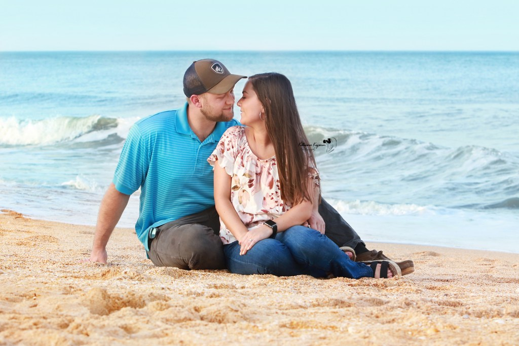 Engagement portraits photography sessions and proposal portraits in a beach, park in Florida