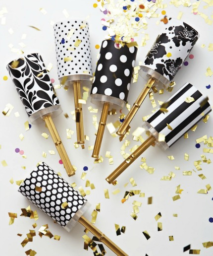 DIY Wedding Confetti Poppers via weddingbells.ca