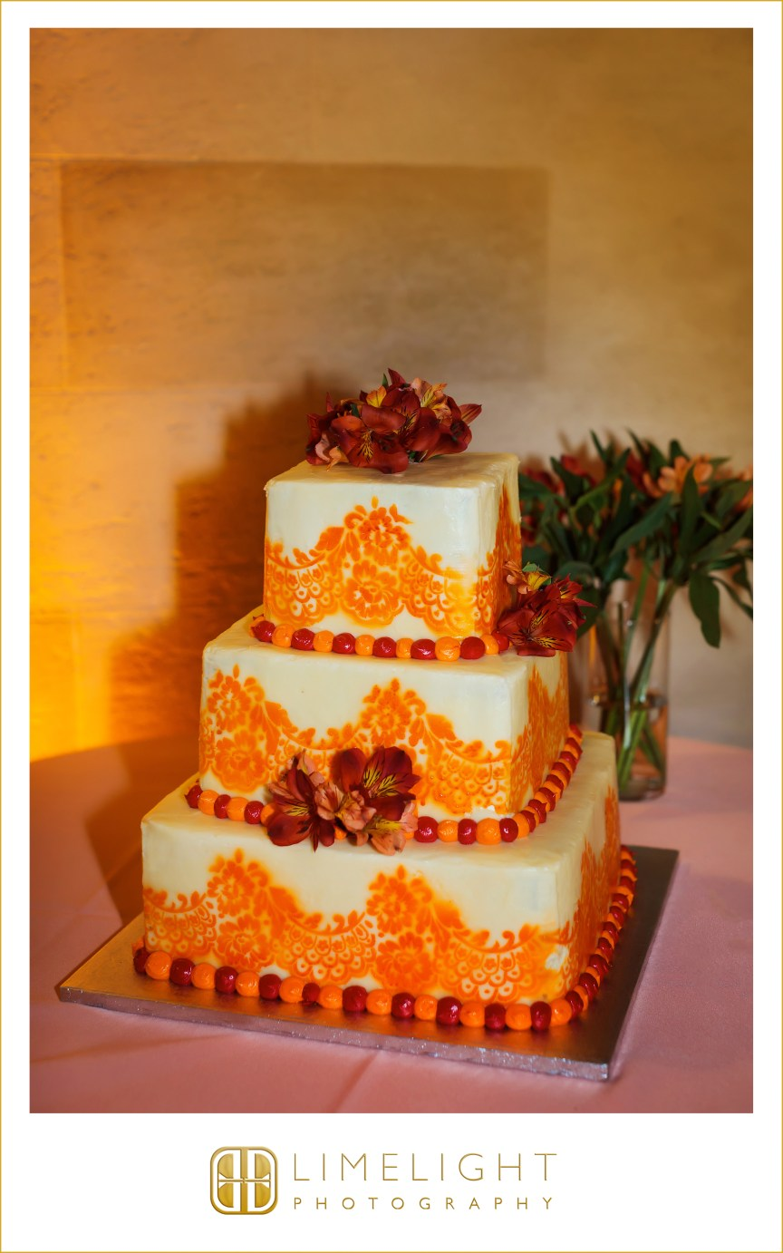 Cake with Alstroemeria and Peruvian Lilies