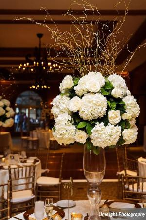 All-White Guest Table Centerpiece