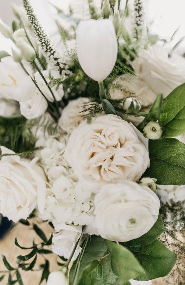 Gorgeous All-White Flowers