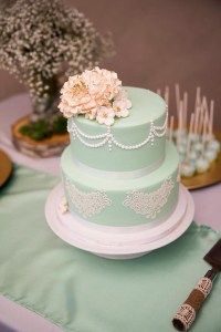 Kaleena Cakes - Vintage Mint Icing with White Lace - Okanagan Bakery - Cupcakes - Penticton