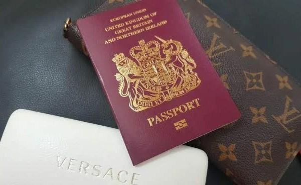 Holiday Hacks Passport Sunglasses Purse WeddingsAbroad.com