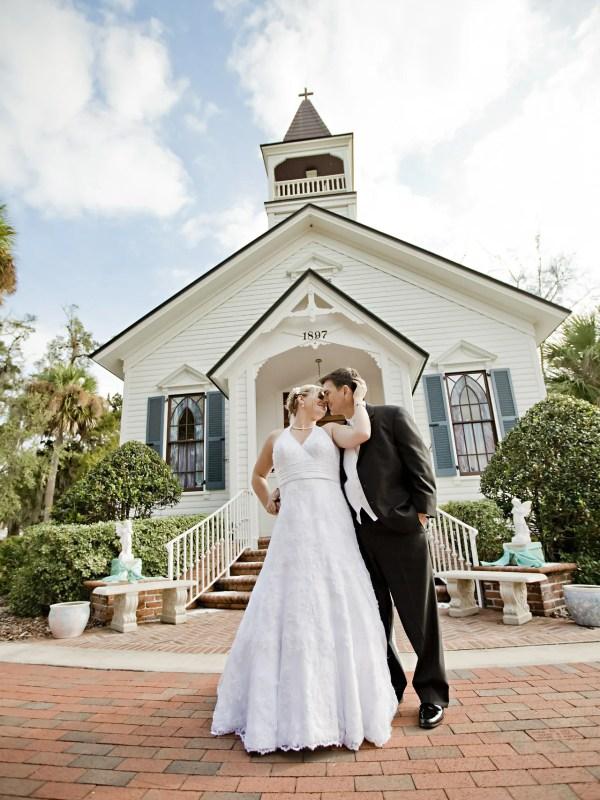 Key Questions - Wedding Couple - Destination Wedding - WeddingsAbroad.com