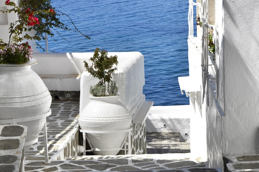 Submit Guest Post - Guest Blog Bloggers Destination Wedding Expert & Planners WeddingsAbroad.com