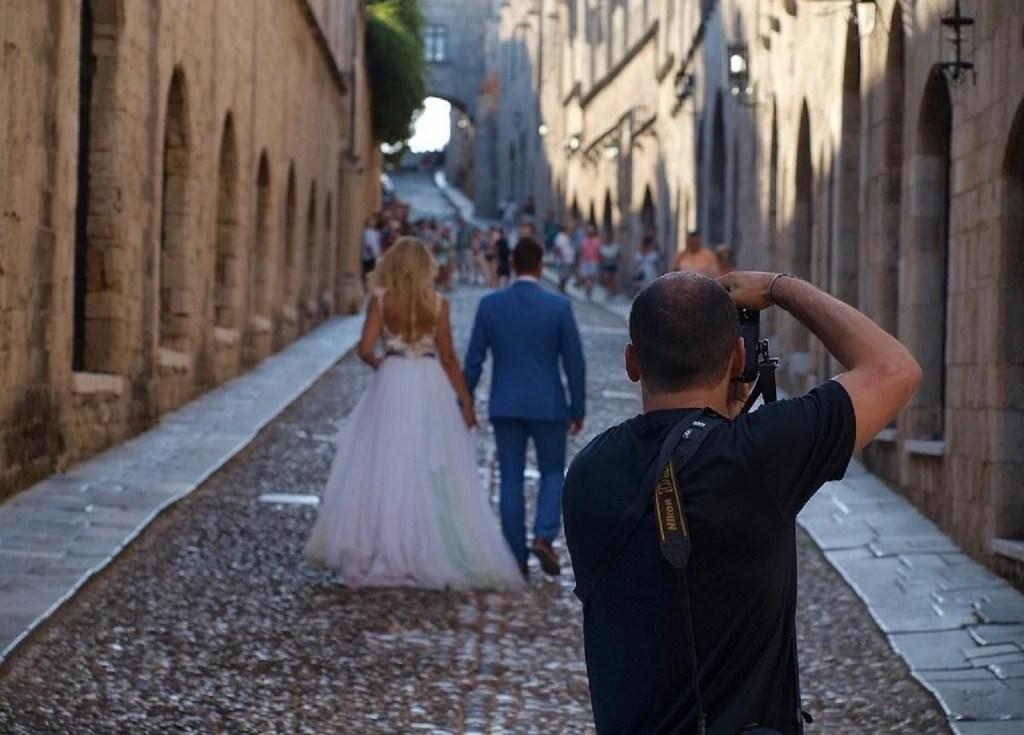 Destination Wedding Photographer - WeddingsAbroad.com