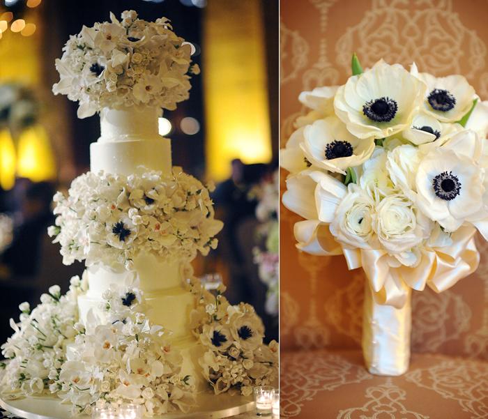 Tort impodobit cu aceleasi flori cu cele din buchetul miresei ca idee de a-ti personaliza tortul de nunta
